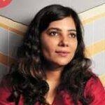 Shardha Sharma - YourStory.com - Famous Indian Bloggers