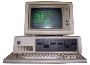the third generation of computer in Hindi